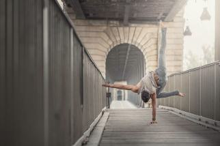Dancing_Moments_by_French_Photographer_Dimitry_Roulland_2015_11